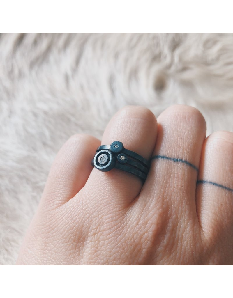 Stacking Circle Rings in Oxidized Silver with Diamonds
