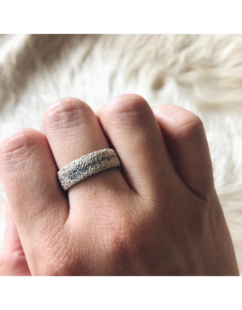 Wide Fog Sand Band in Silver