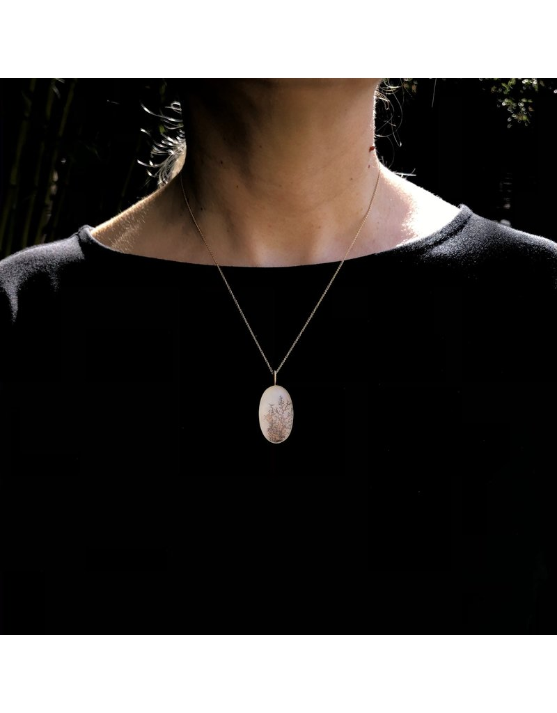 Dendritic Agate Pendant in 18k Yellow Gold
