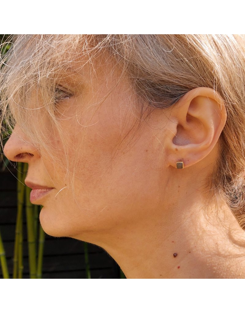 Raw Diamond Cube Post Earrings in 18k Yellow Gold