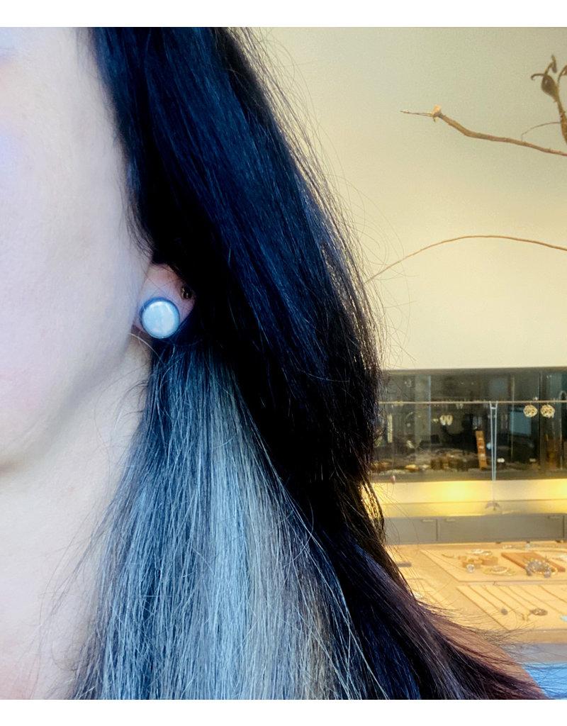 Medium Biwa Post Earrings in Oxidized Silver
