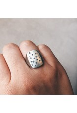 Box Ring in Silver with Grey Diamonds