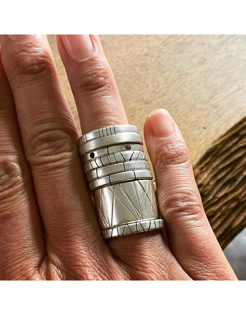 Trevi Pendro Old Growth Ring