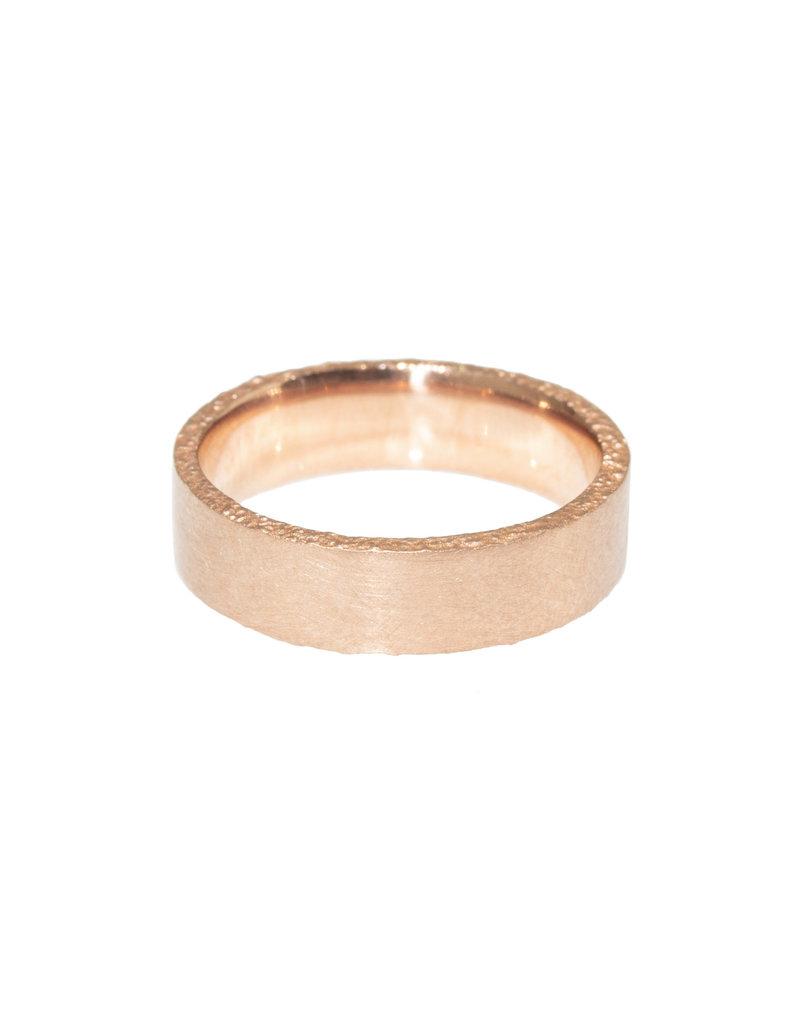 Medium Sand Edge Band in 14k Rose Gold