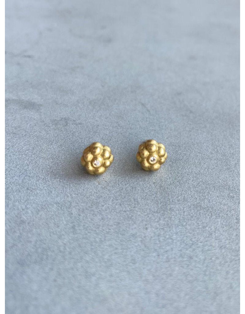 Cluster Earrings with Diamonds in 18k Yellow Gold