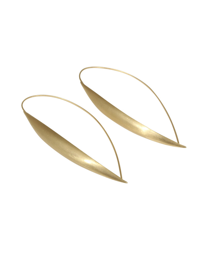 Ecu Earrings in 18k Yellow Gold