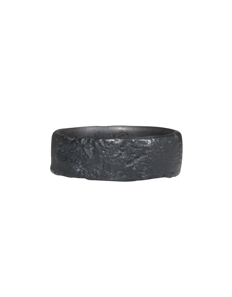 7.5mm Silk Band in Oxidized Silver