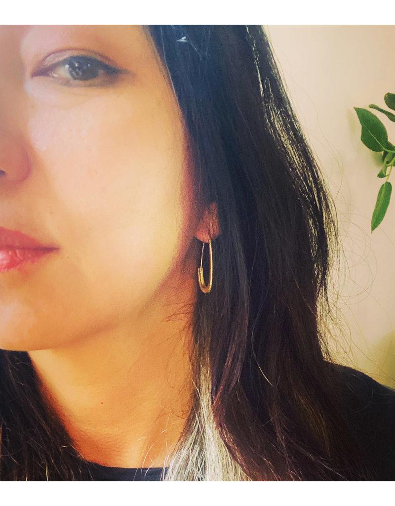 Oval Katachi Hoop Earrings in 18k Yellow Gold
