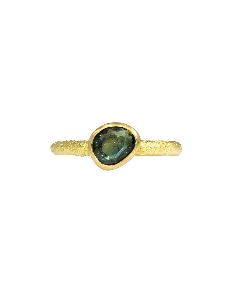 Organic Rosecut Sapphire Solitaire Ring in Sand-Textured 18k Yellow Gold