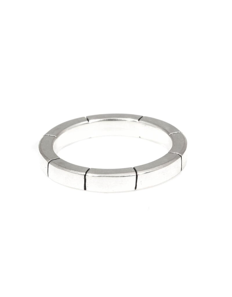 Trevi Pendro Beam Ring in Silver