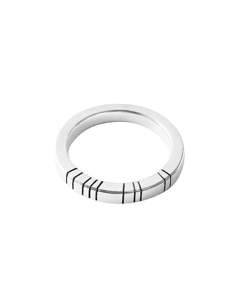 Trevi Pendro Moonlight Ring 2 in Silver