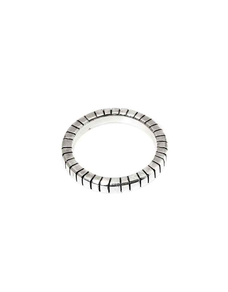 Trevi Pendro Sunrise Ring in Silver