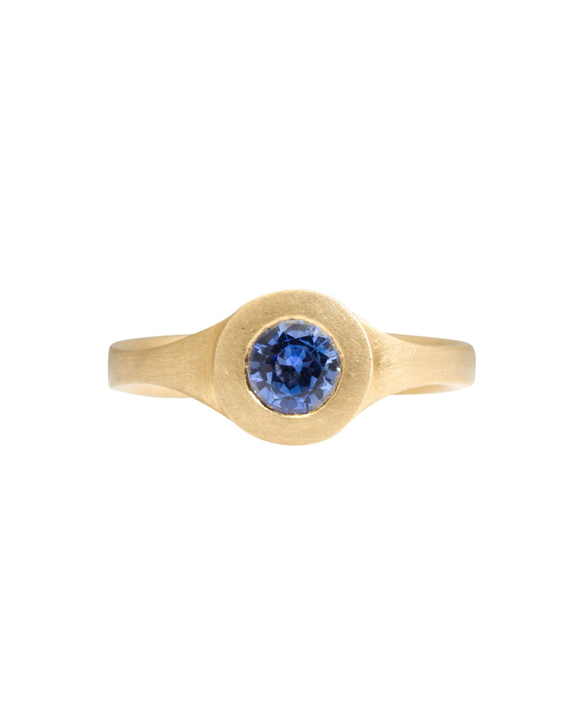 Marian Maurer City Ring with Blue Sapphire in 18k Yellow Gold