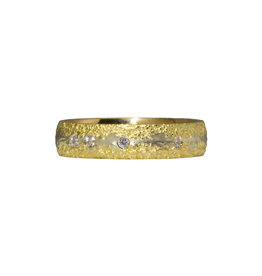 Fog Sand Band in 18k Yellow Gold with Diamonds