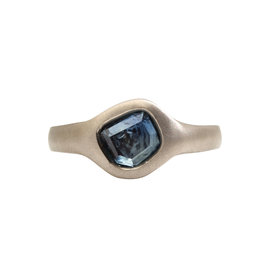 Organic Montana Blue Sapphire Ring in 18k Warm White Gold