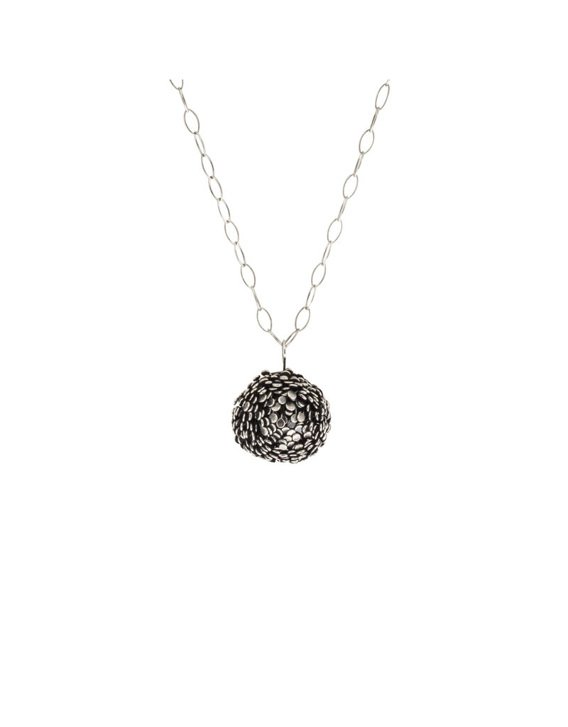 Hannah Alexandra Large Blum Necklace in Oxidized Silver