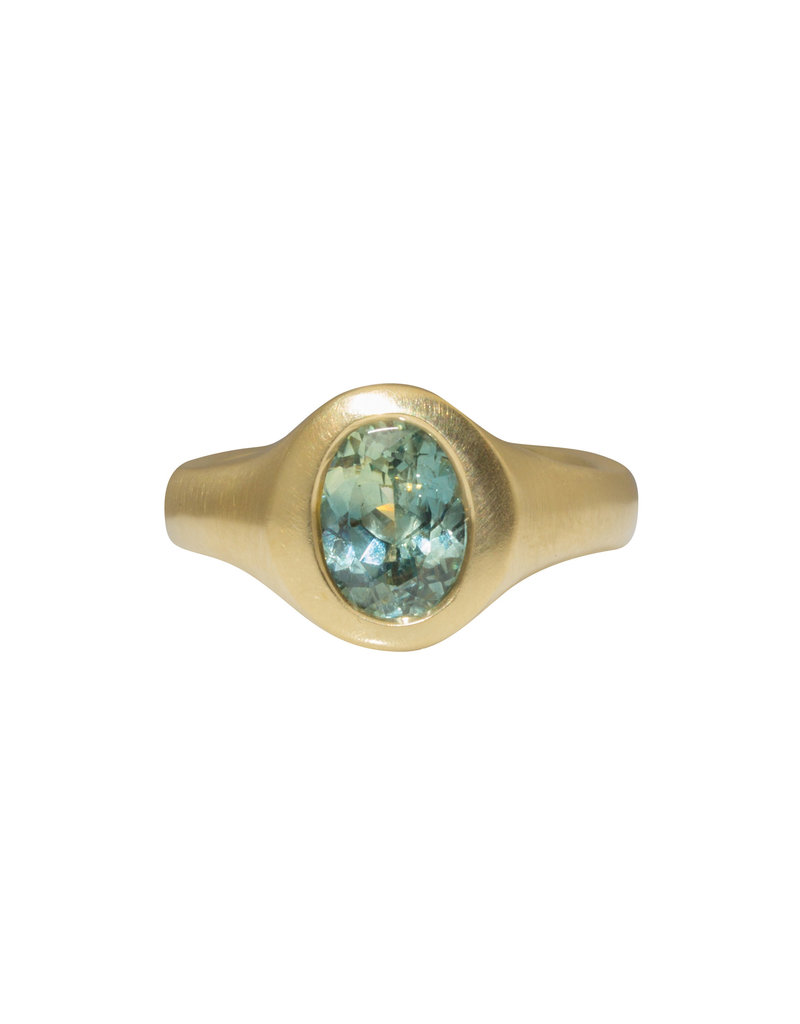 Oval Celadon Green Sapphire Ring in 18k Yellow Gold