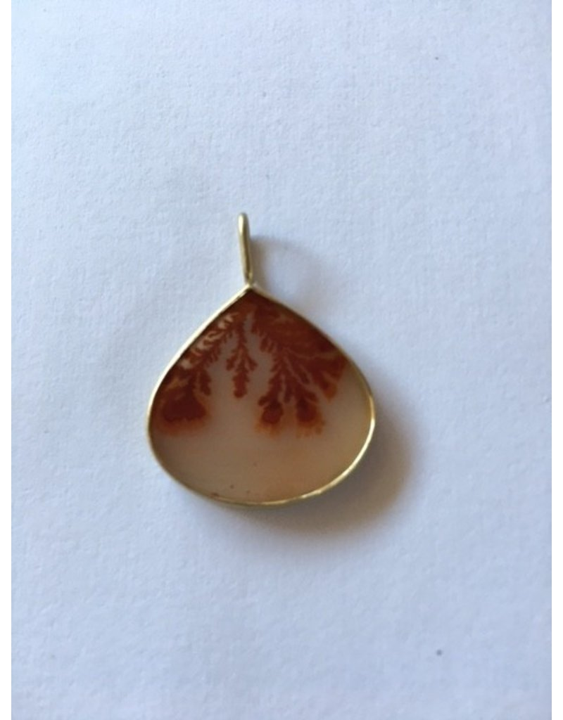 Dendritic Agate Pendant in 18k Gold