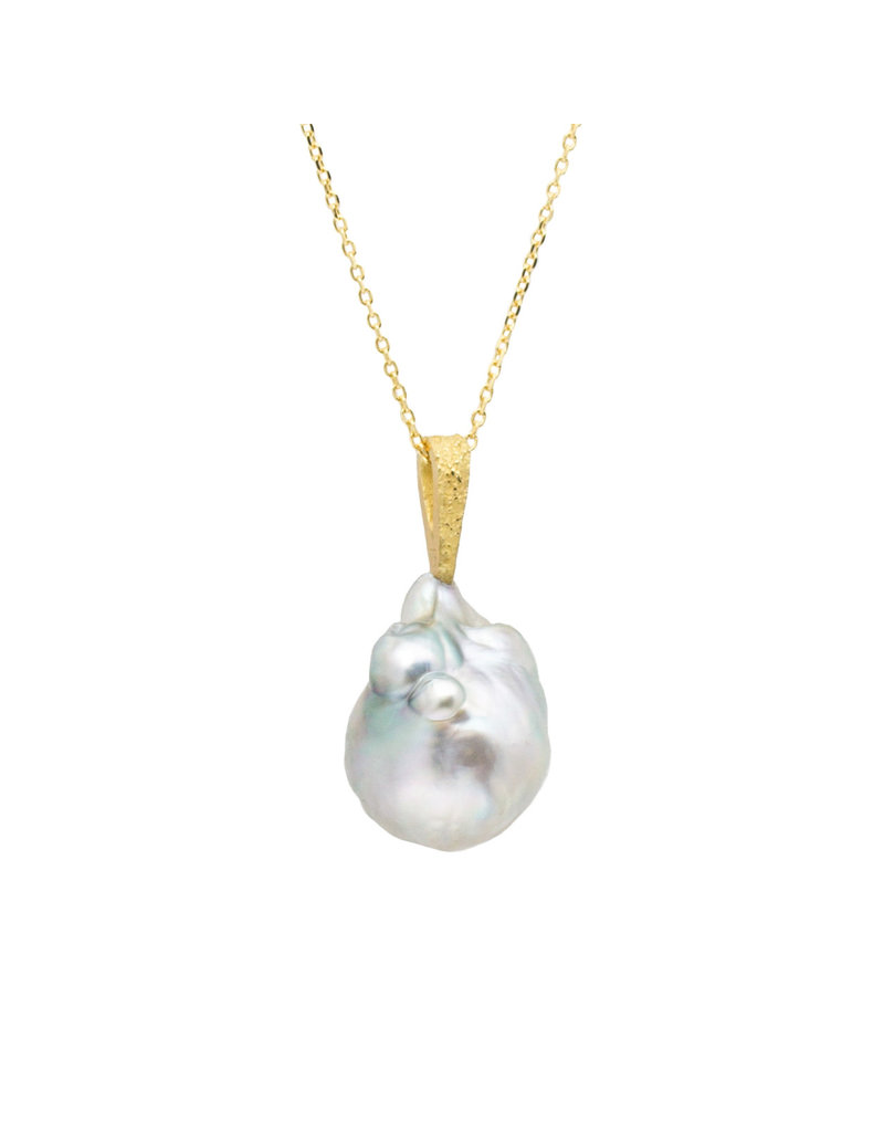 Tahitian Baroque Pearl Pendant with Sand-Textured 18k Yellow Gold