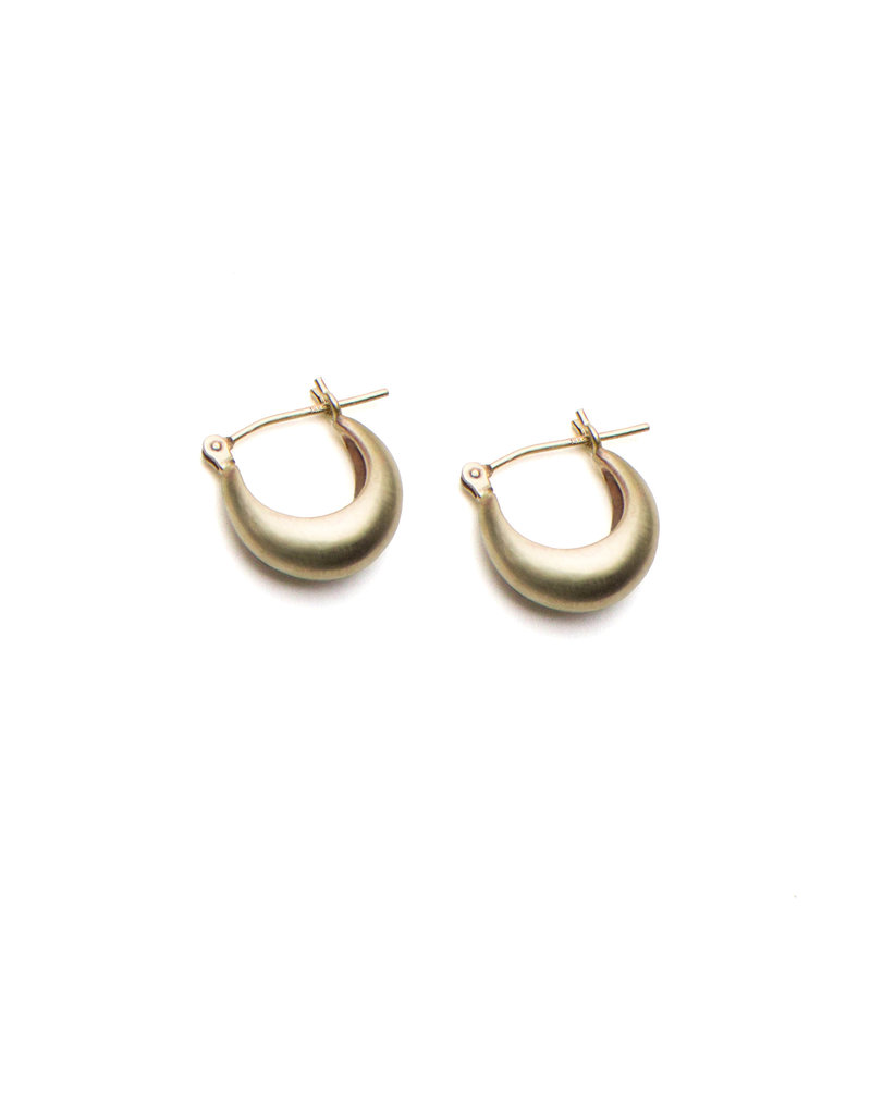 Olivia Shih Small Curve Hoop Earrings in 14k Yellow Gold