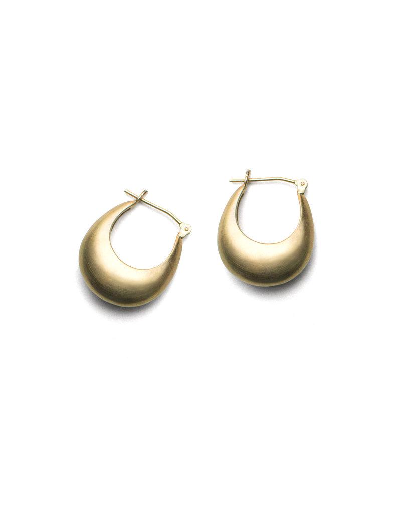 Olivia Shih Medium Curve Hoop Earrings in 14k Yellow Gold