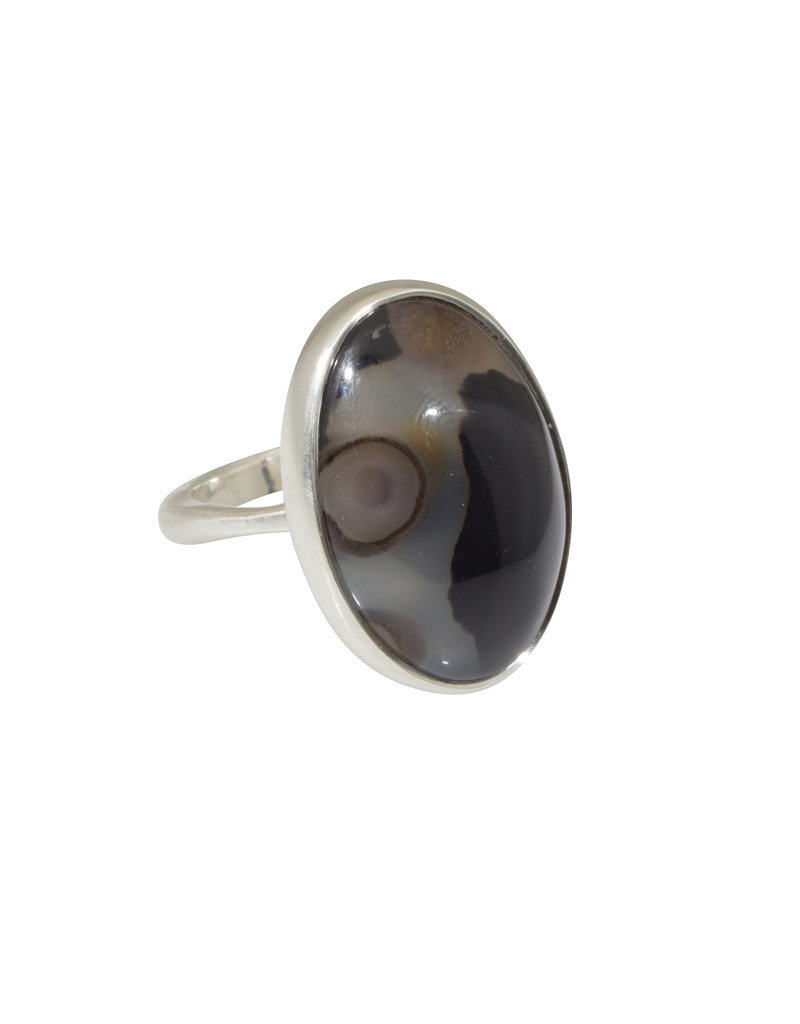 Oval Montana Agate Ring in Silver