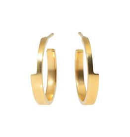 Sam Woehrmann Medium Wedge Hoop Earrings in 18k Yellow Gold