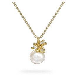 Pearl and Baguette Diamond Pendant in 18k Yellow Gold