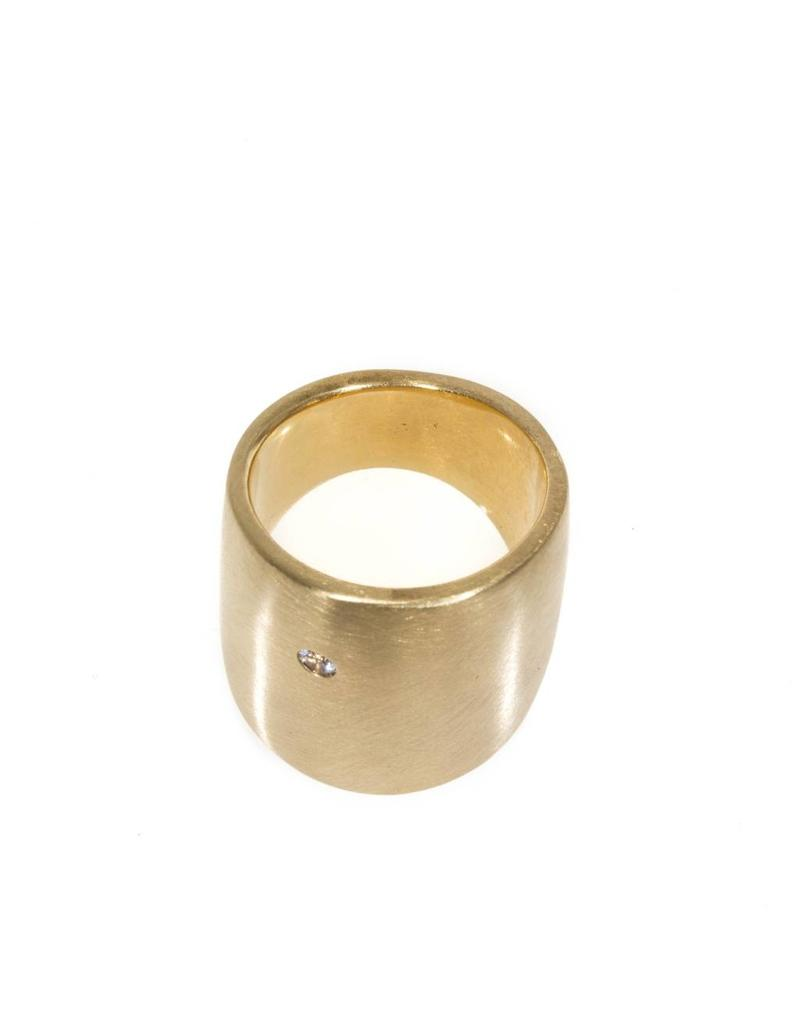 Cuba Flat Ring with White Sapphire in Yellow Bronze