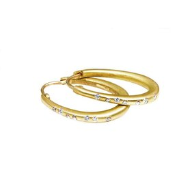 Small Oval Katachi Hinged Hoop Earrings with White Diamonds in 18k Yellow Gold