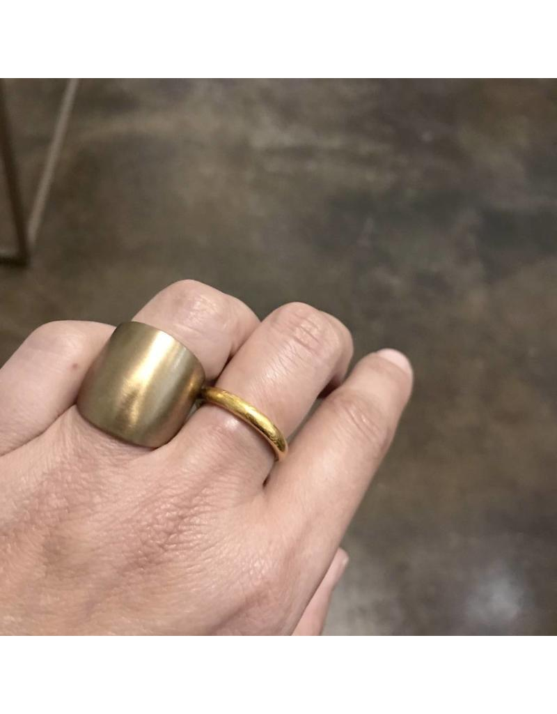 Plain Cuba Round Ring in Ancient Bronze