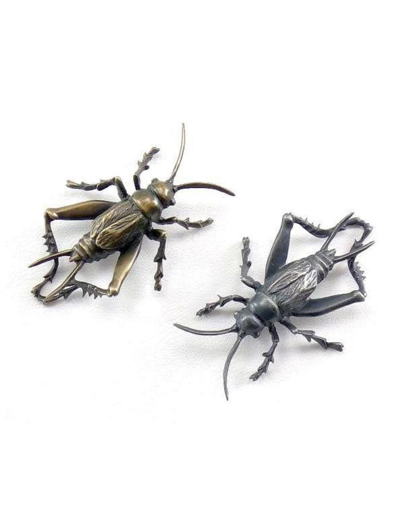 Cricket Lapel Pin in Bronze