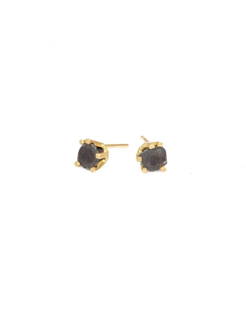 Nail Stud Earrings in 18k Yellow Gold