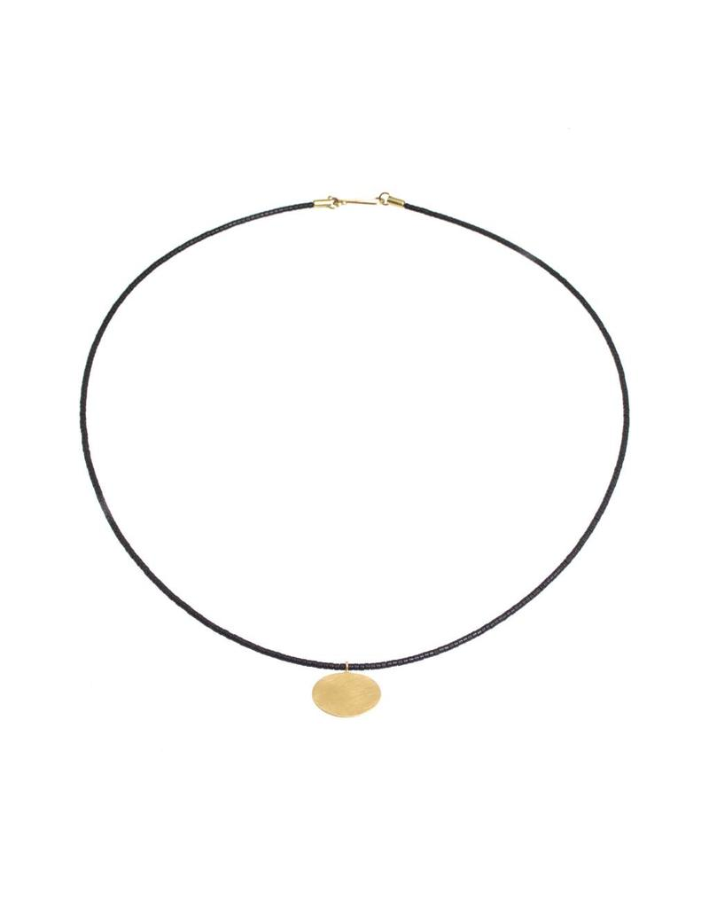 Sophie Necklace with Black Beads in 18k Yellow Gold