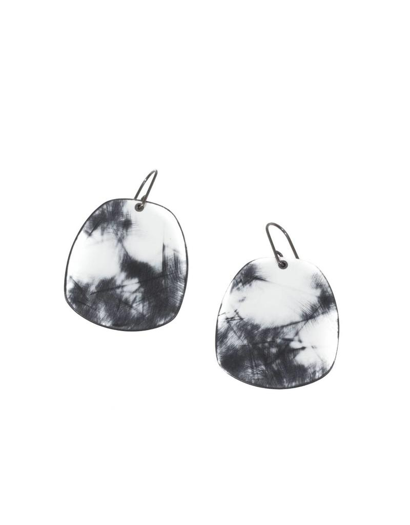 Echo Earrings in Black and White