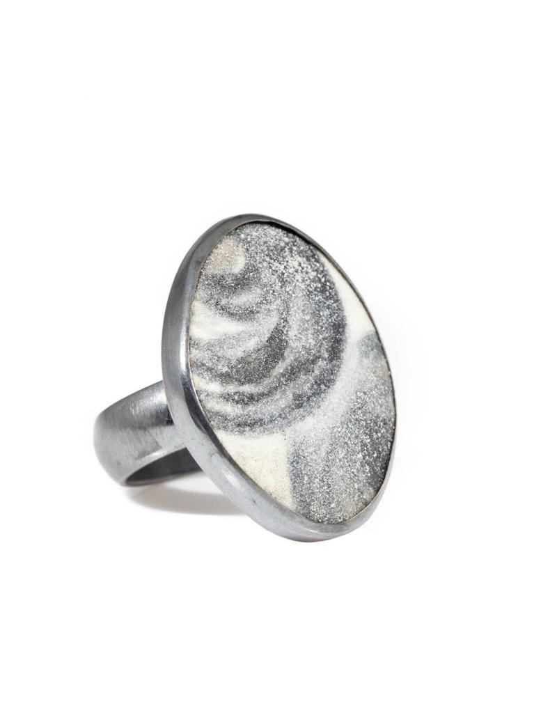 Black and White Okina Painted Enamel Ring in Oxidized Silver