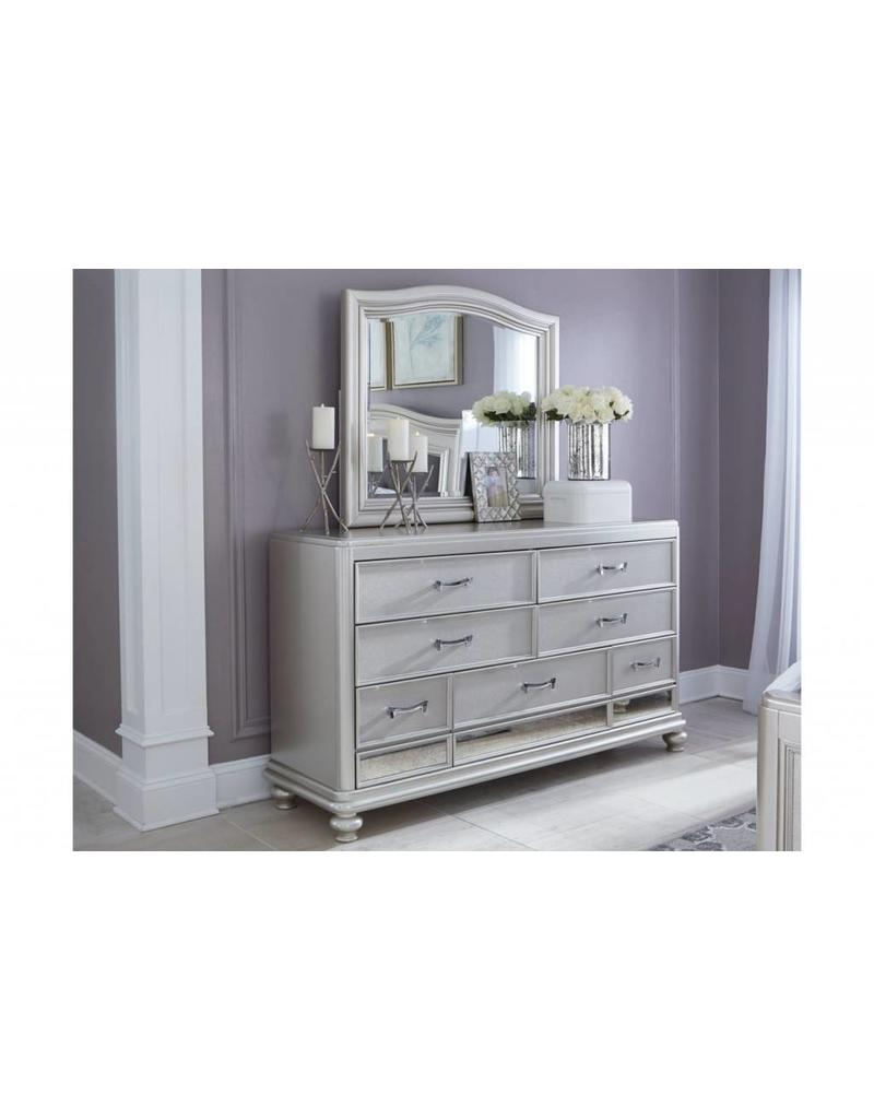 Ashley Furniture Coralayne  6 pc King Bedroom Set