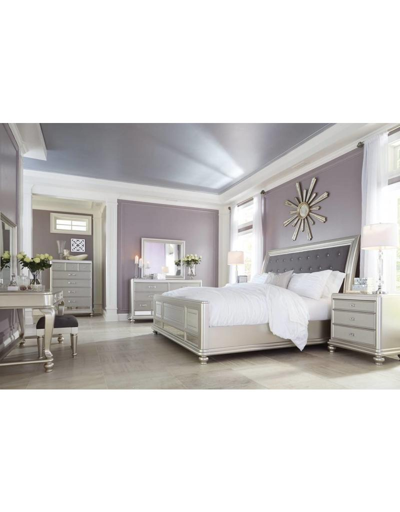Ashley Furniture Coralayne Queen Panel Bed