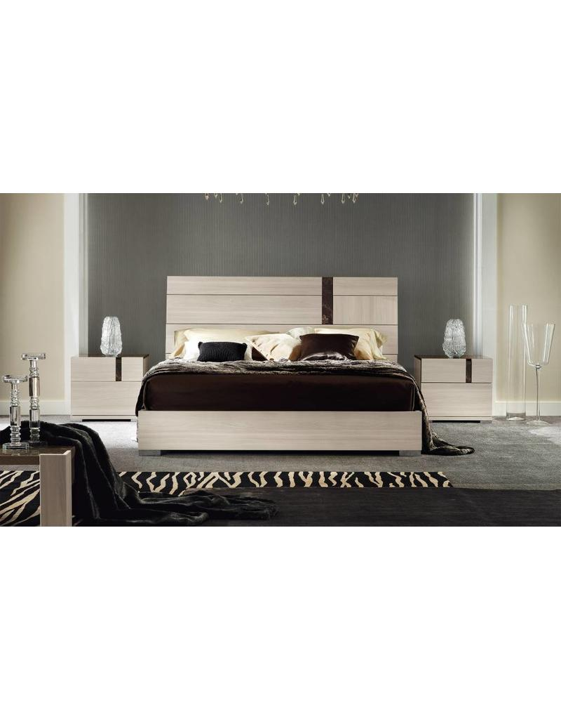 ALF Italia Teodora Queen Bed by ALF Italia