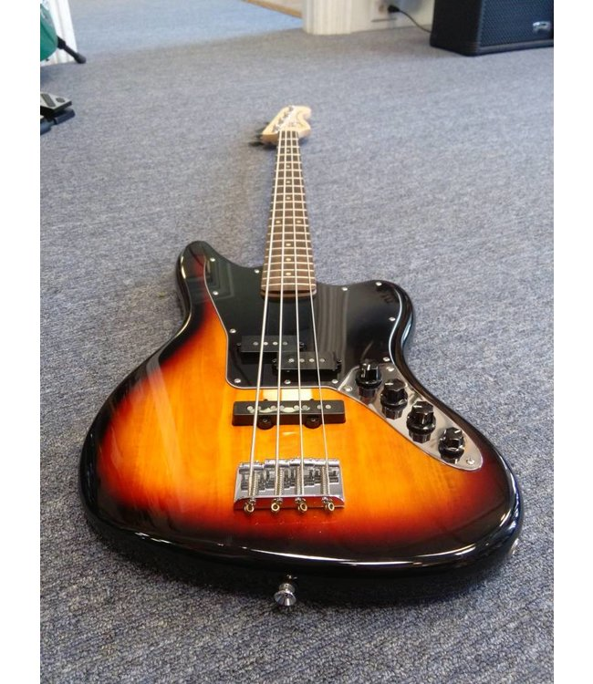 SQUIER Vintage Modified Jaguar Special Electric Bass, 3-Color Sunburst