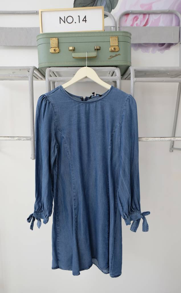 Long Sleeve Tie Chambray Dress