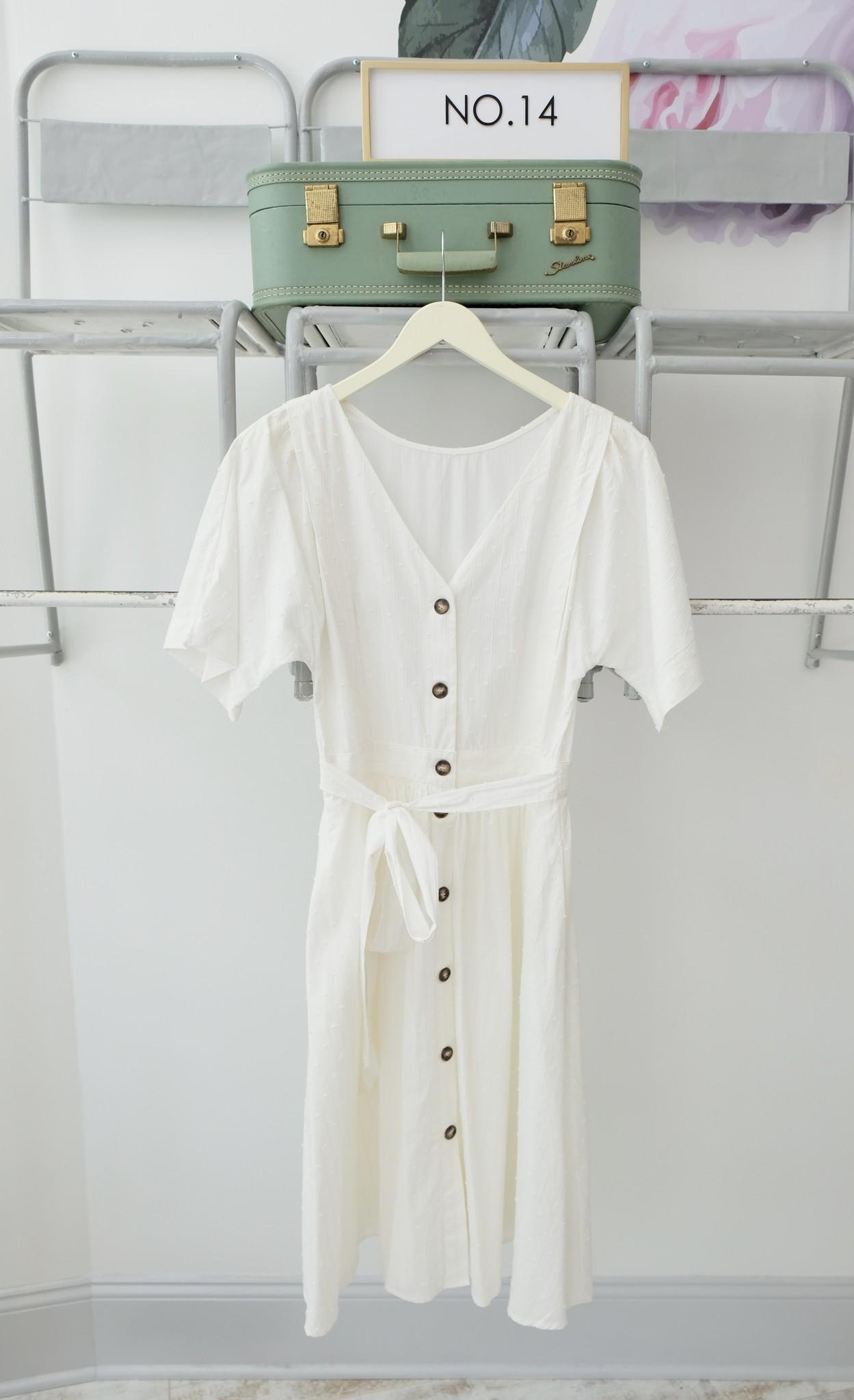 Short Sleeve White Midi Dress w/Buttons