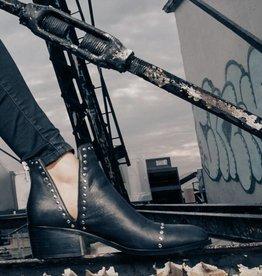 Mandi Boot