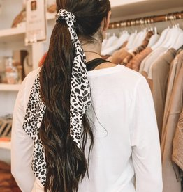 Leopard Print Long Tail Scrunchie