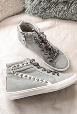 Carbonite Sneaker