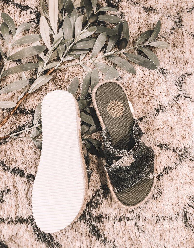 Kamala Platform Sandal