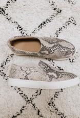 Reign Sneaker