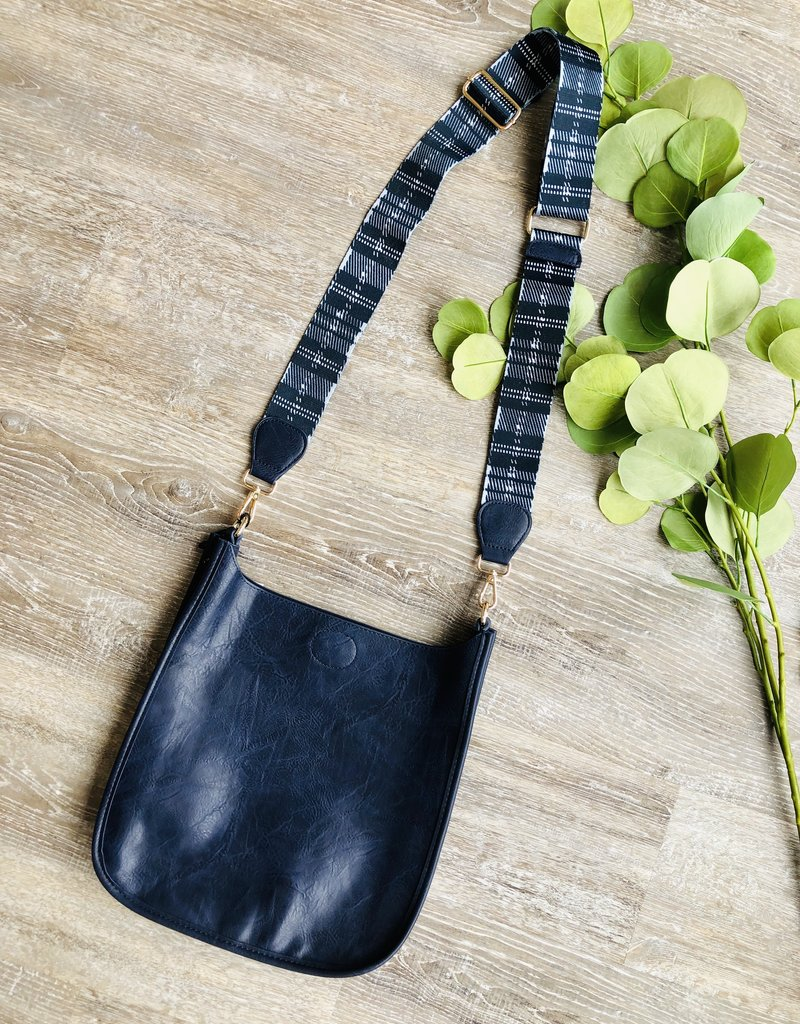 Vegan Leather Messenger w/Adjustable Strap