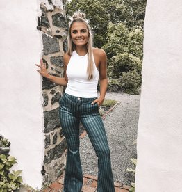 Ari Jeans