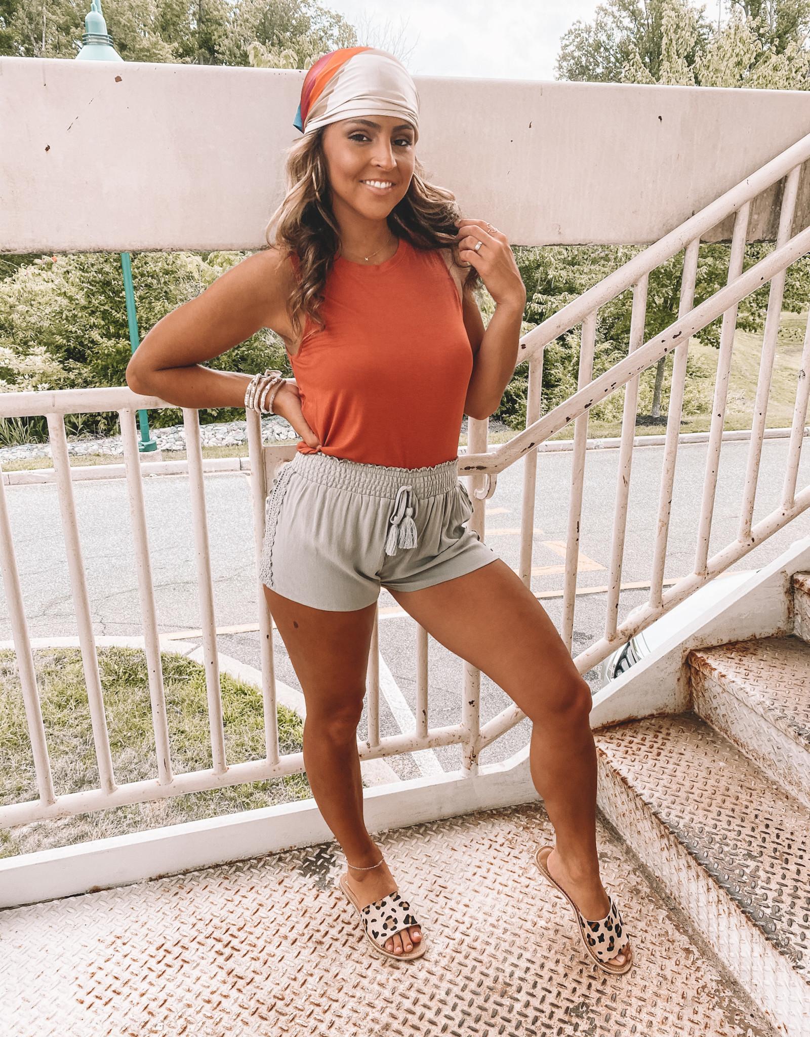 Callaia Shorts